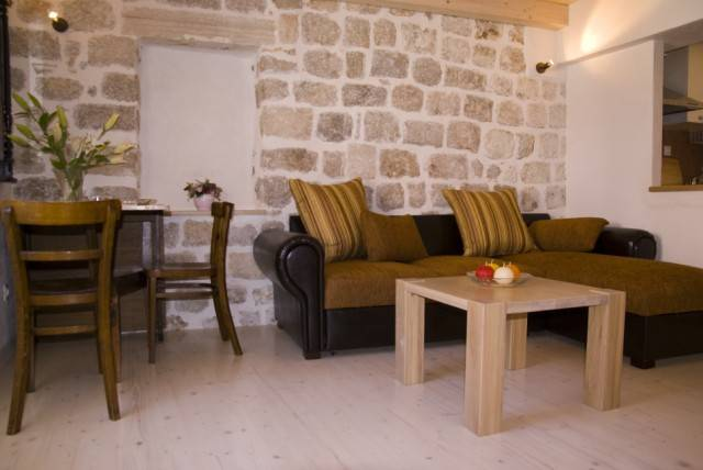 Apartment Ivo, Dubrovnik, Croatia, how to choose a hostel or backpackers accommodation in Dubrovnik